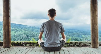 How to meditate outside with nature